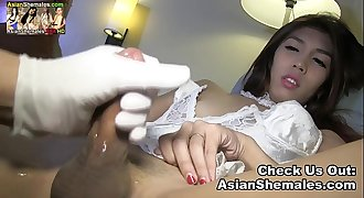 Kendra from the Philippines wakes up horny with a hard cock total of cum